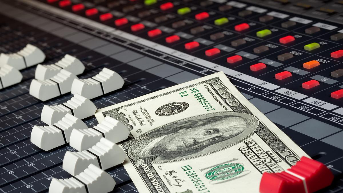 How To Write Songs That SELL, And How To SELL Your Songs